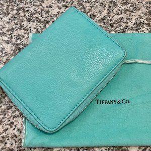 T&Co. Zip Wallet